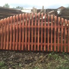 Vând gard lemn masiv (plase gard) diverse modele.