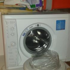 Masina spalat rufe - Masini de spalat rufe Indesit