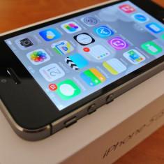 iPhone 5S Apple 16GB Argintiu, Neblocat