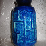VAZA CERAMICA GLAZURATA CU MODEL IN RELIEF - CERAMICA WEST GERMANY 18 CM - Arta Ceramica
