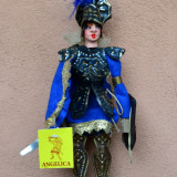 DEOSEBITA MARIONETA, CAVALER SICILIAN CU SABIE SI SCUT, LUCRAT MANUAL, ANGELICA - Metal/Fonta, Ornamentale