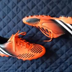 Ghete fotbal Adidas Predator Obsolado Artificial Grass; marime 37 1/3 (23 cm), Culoare: Din imagine