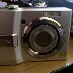Aparat de fotografiat Panasonic DMC-LS80 + husa FOMEI