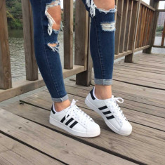 Vand adidas / gheata ADIDAS SUPERSTAR -- PE STOC CURIER GRATUIT - Adidasi dama, Marime: 38, 39, Culoare: Alb